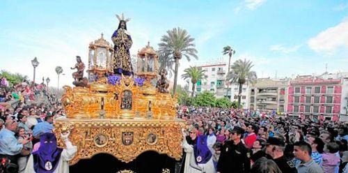 cristo rescatado sale en procesión en córdoba