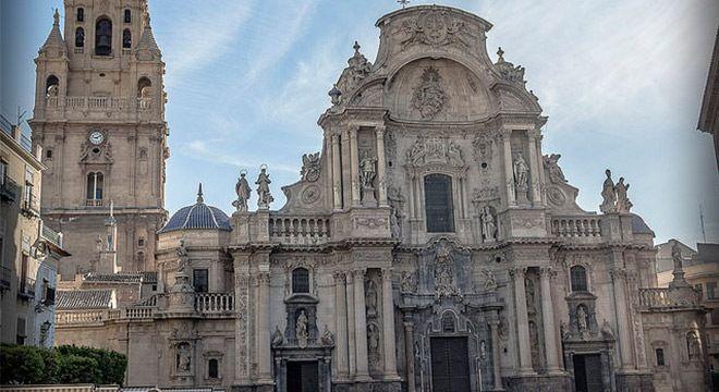 frontis de la catedral de murcia