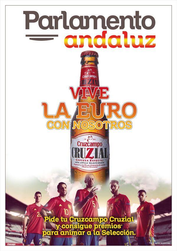 cruzcampo cruzial en cartel con seleccion española del parlamento andaluz para la eurocopa, bar de murcia