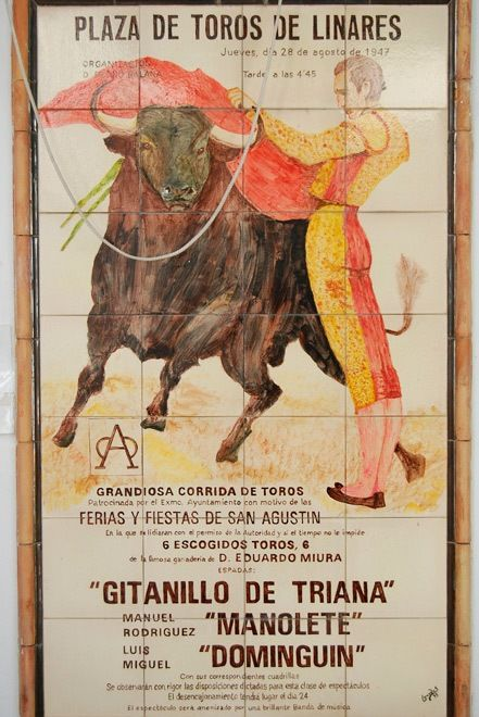 cartel de corrida de toros en Linares